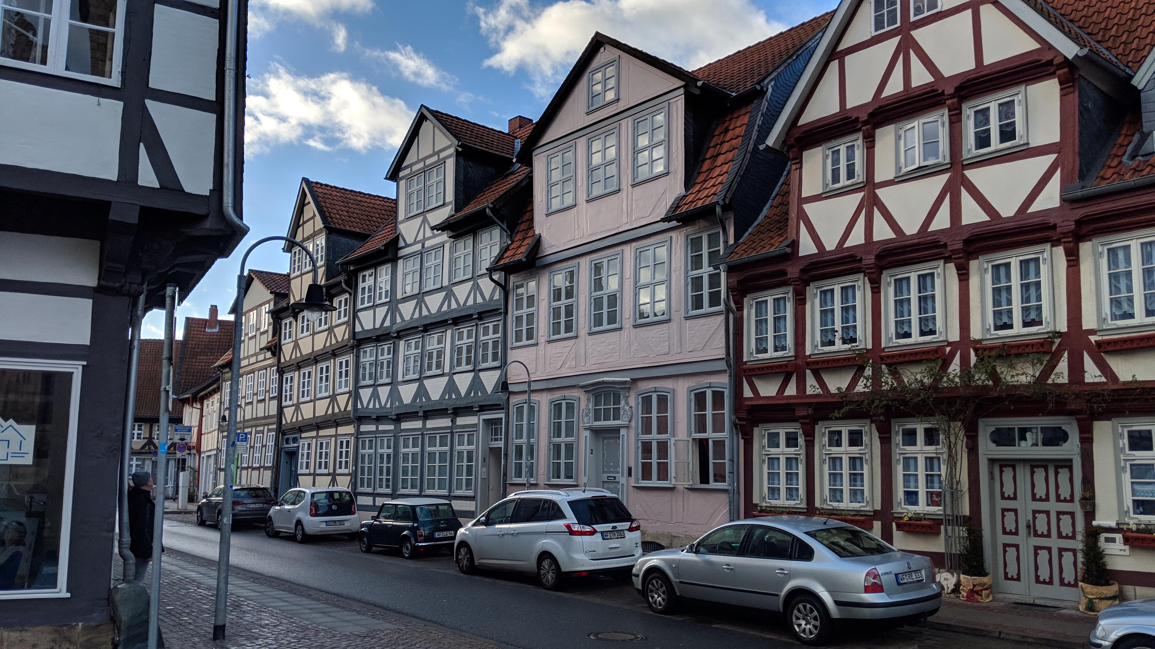 Wohnung Mieten In Wolfenbüttel : wohnen im zentrum von wolfenb ttel 5 wohneinheiten eigenheim38 ~ Watch28wear.com Haus und Dekorationen